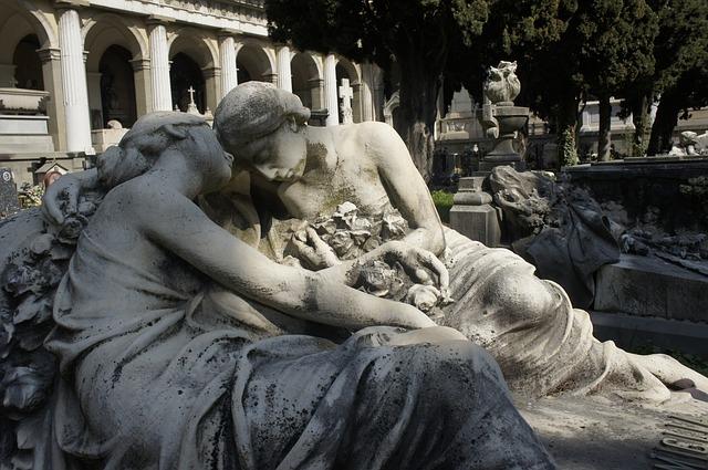 monumentini funebri